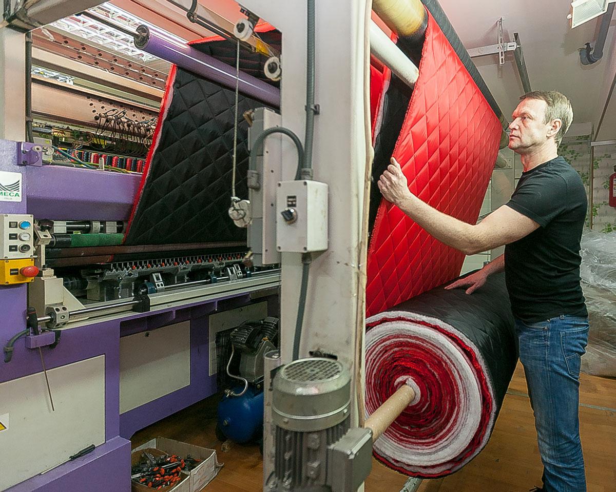 Утеплитель для одежды / Стежка ткани / Вышивка / Разработка и пошив одежды (до 40000 ед. изделий в месяц)